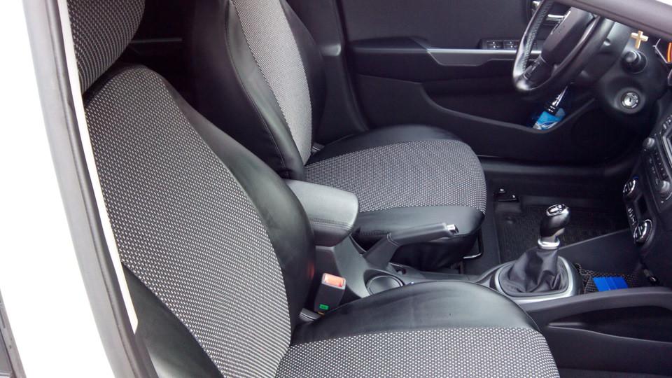 Модельные Чехлы на сиденья из Эко-кожи с отдельными подголовниками ВАЗ 2109