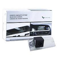 Штатная камера заднего вида Falcon SC41-HCCD. Kia Cerato 2003-2008/Lada Kalina, фото 1