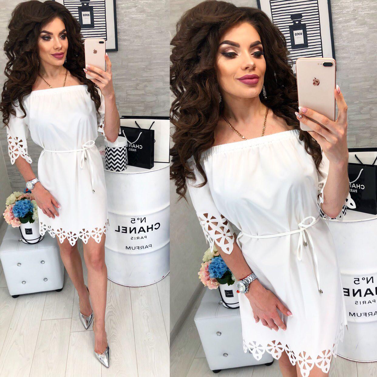 Платье с выбитым рисунком , модель 105, цвет Белый