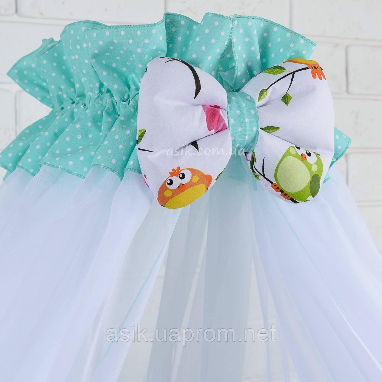 Балдахин в кроватку с оборкой мятного цвета в белый горошек