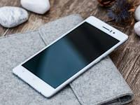 Oppo R5 стал самым тонким смартфоном в мире