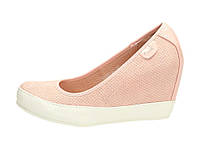 Розовые женские туфли на танкетке в спортивном стиле 38 размер