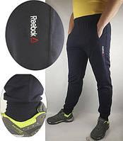 Чоловічі  спортивні  штани в стилі Reebok