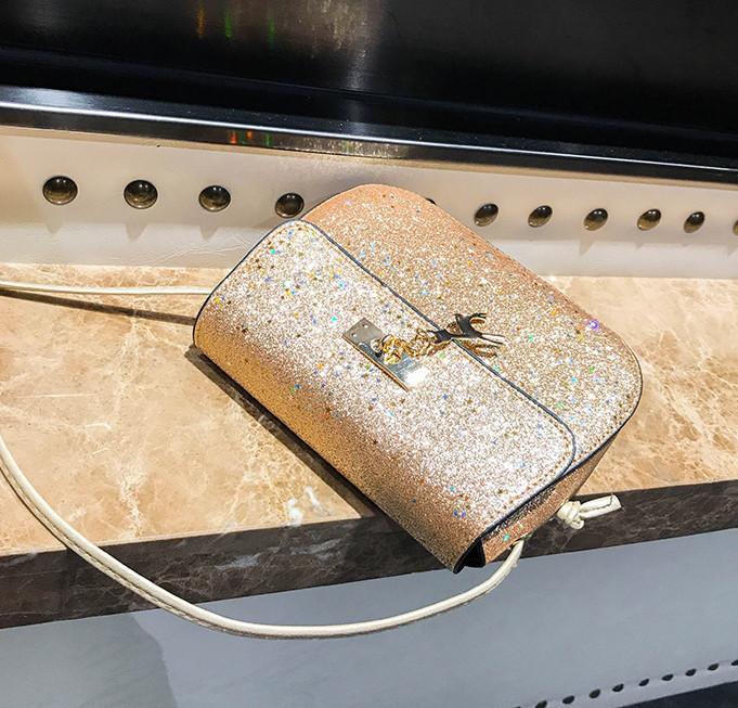 6e735c9ae0bc Мини сумочка с оленем Melani легкая, блестящая золотистого цвета, цена 370  грн., купить в Умани — Prom.ua (ID#703848354)