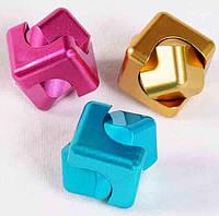 Спиннер Куб (4 цвета)