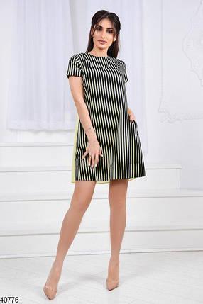 Модное платье выше колена свободное с коротким рукавом и вырезом на спине желтое, фото 2