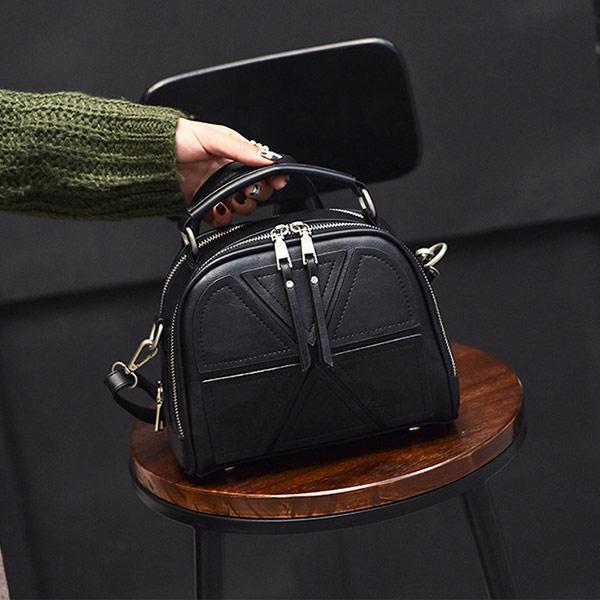 75b419c4acfe Небольшая женская сумка через плечо. Сумка через плечо. Стильные женские  сумки.