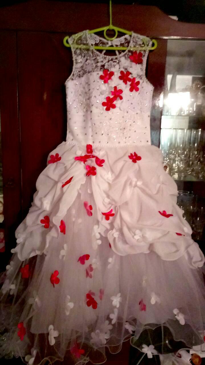 Пышное бальное платье для девочки