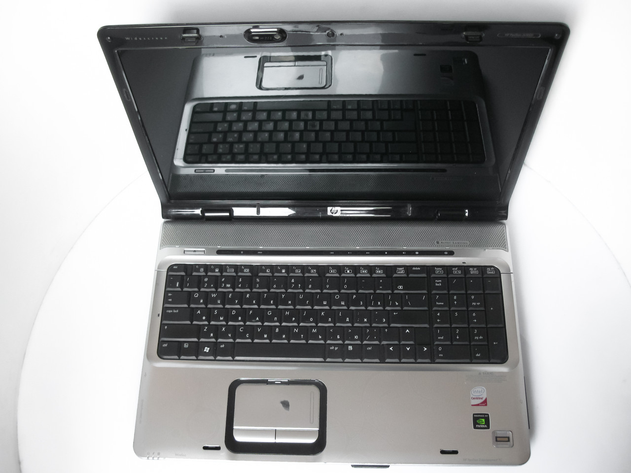 Ноутбук HP Pavilion DV9700 17 (1440x900) / Intel Core 2 Duo T5850 (2x2