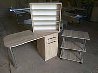 Комплект: маникюрный стол, мобильная тумба, полка для лаков