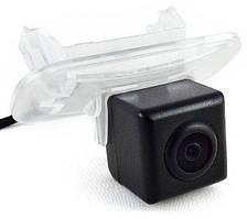 Штатная камера заднего вида Falcon SC83-HCCD. Mecrcedes Benz B 2011+