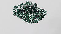 Стразы Swarovski № 5 для дизайна ногтей Зеленые, 20 шт.