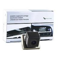 Штатная камера заднего вида Falcon SC104-HCCD. Renault Duster