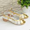 Женские босоножки на невысоком каблуке, цвет золото/бежевый, фото 6