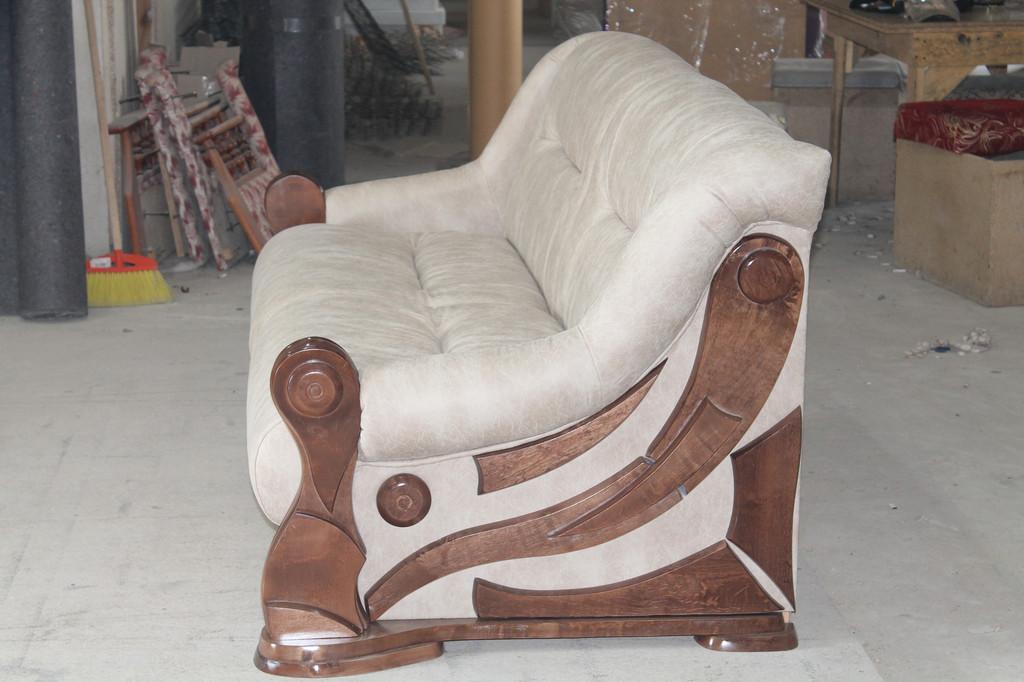 Нерозкладні дивани для відпочинку. 4