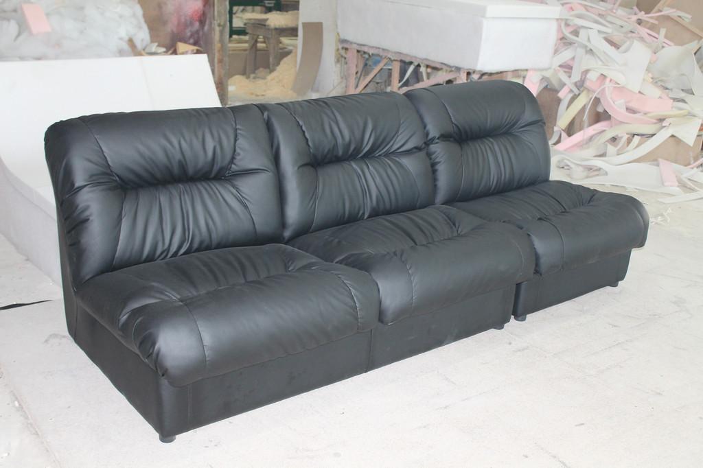 Нерозкладні дивани для відпочинку. -1