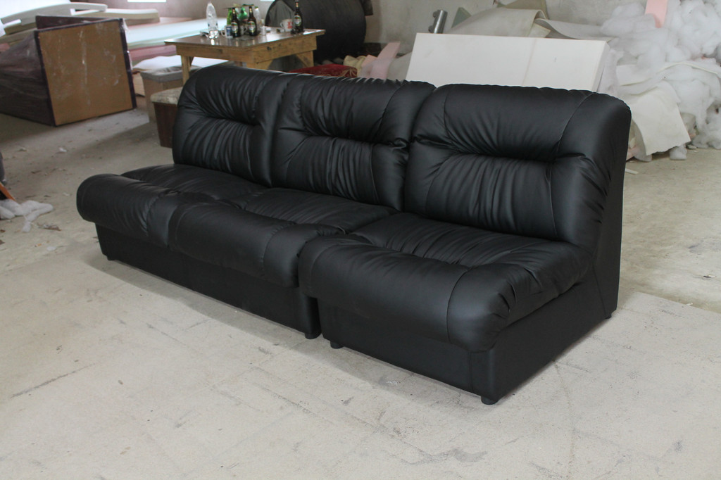 Нерозкладні дивани для відпочинку. 10