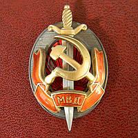 """Знак """"Заслуженный работник МВД """"."""