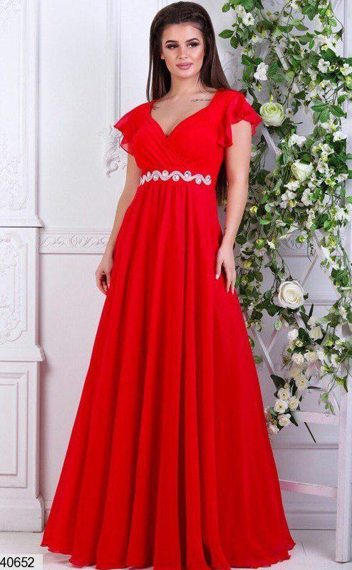 Нарядное летнее платье в пол от груди свободное декольте глубокое стразы ярко красное