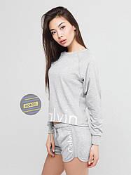 Женский комплект свитшот + шорты Calvin Klein серого цвета