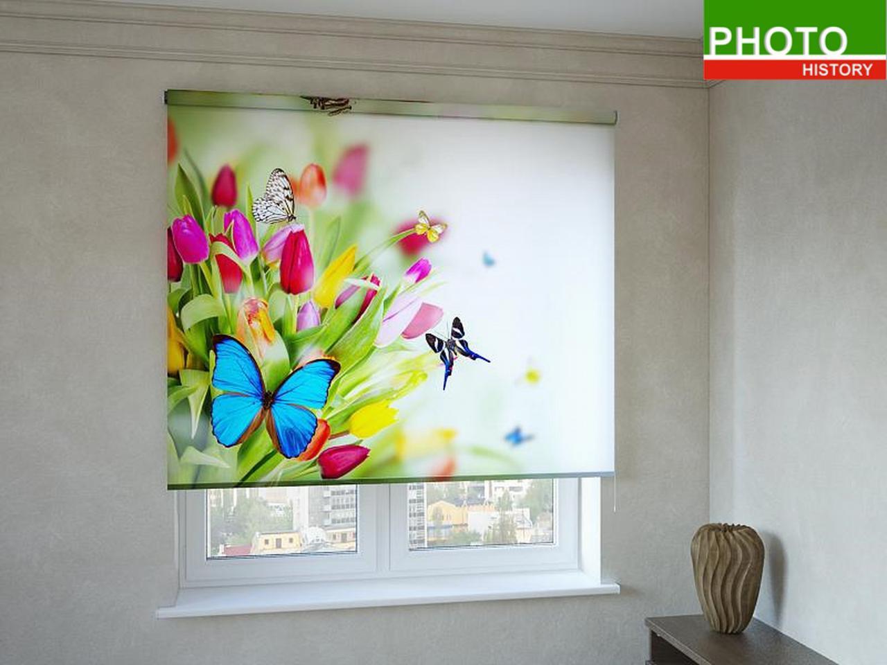 Рулонные шторы с фотопечатью бабочки на бабочки на тюльпанах