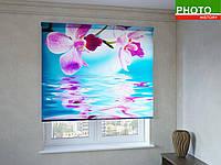 Рулонные шторы с фотопечатью орхидея на синем фоне