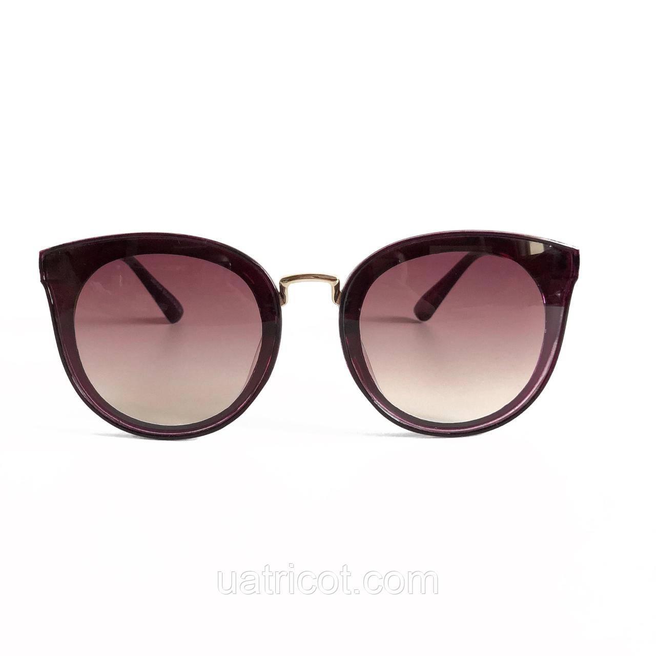 Женские солнцезащитные очки Сat eye с бордовыми линзами