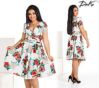 Модное женское платье на запах