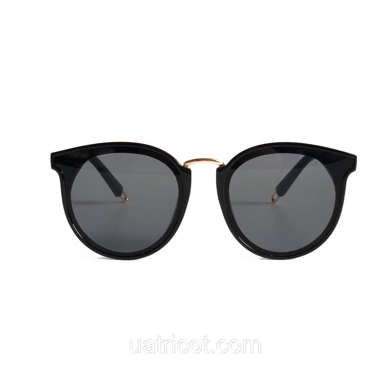Женские солнцезащитные очки Сat eye в чёрной оправе