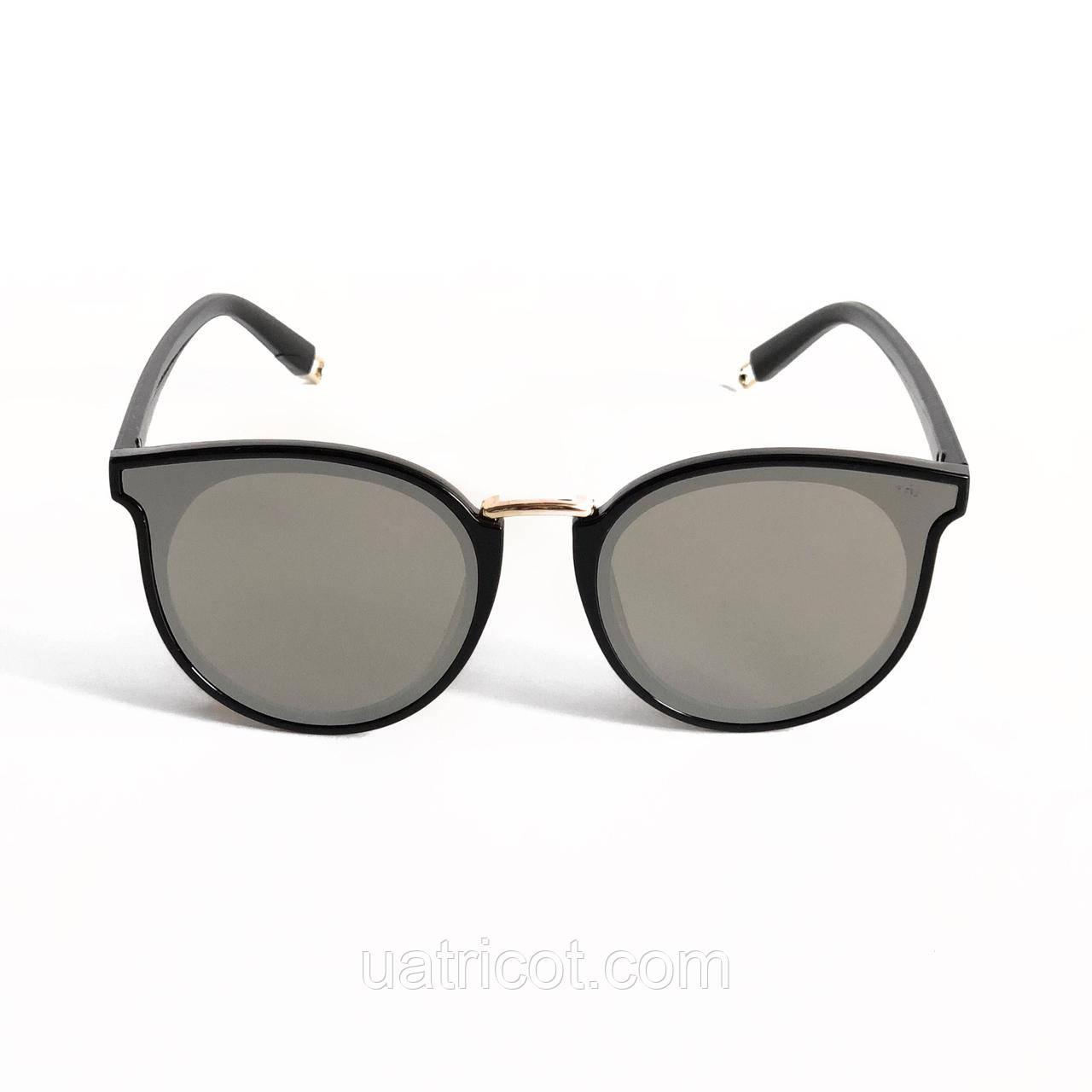 Женские солнцезащитные очки Сat eye в чёрной оправе с серебреными линзами