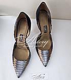 Женские серебристые туфли из питона на низкой шпильке, фото 2