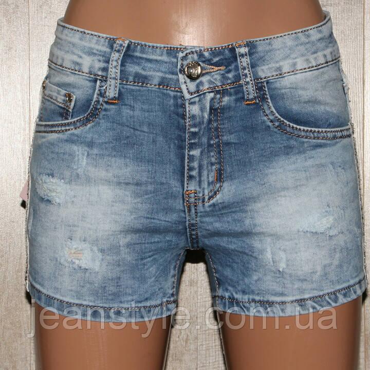 95dc0dbfeb9f Купить Джинсовые шорты женские короткие с лампасами, потёртые царапины. в  ...