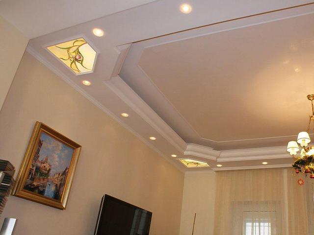 витражные вставки на потолок