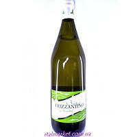 Игристое вино Frizzantino Bianco amabile  1.5 л