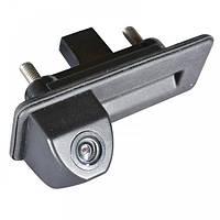 Штатная камера заднего вида Prime-X TR-02. Skoda Octavia 2010-2013