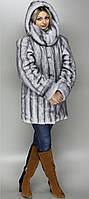 Модная шубка больших размеров под серую норку