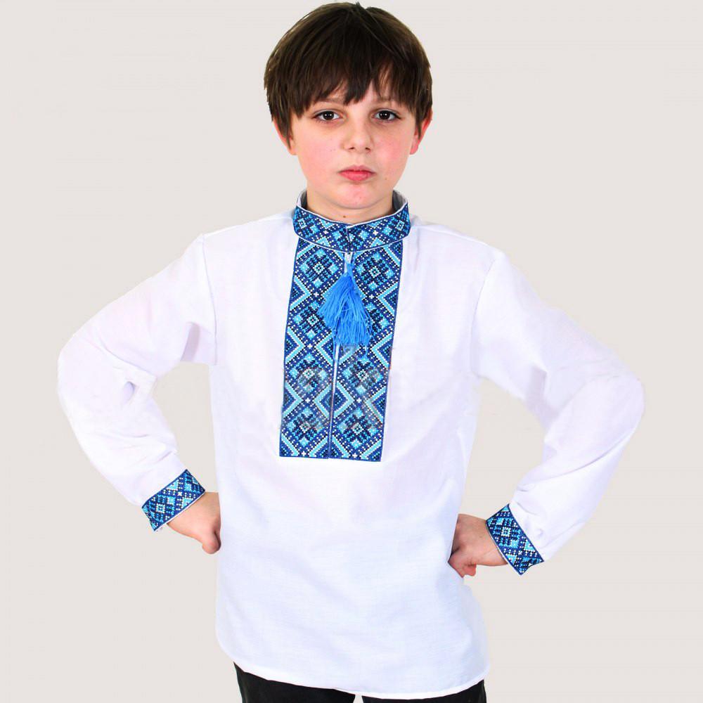 Вышитая рубашка для мальчика Тимофей расшита синим геометрическим узором