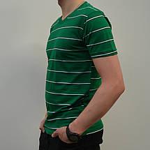 Чоловіча футболка в полоску з V-подібним вирізом b9230c8711947