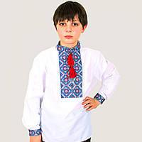 Вышиванка для мальчика Тимофей с красно-синим геометрическим узором