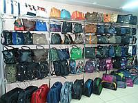 Стеклянные полочки для сумок