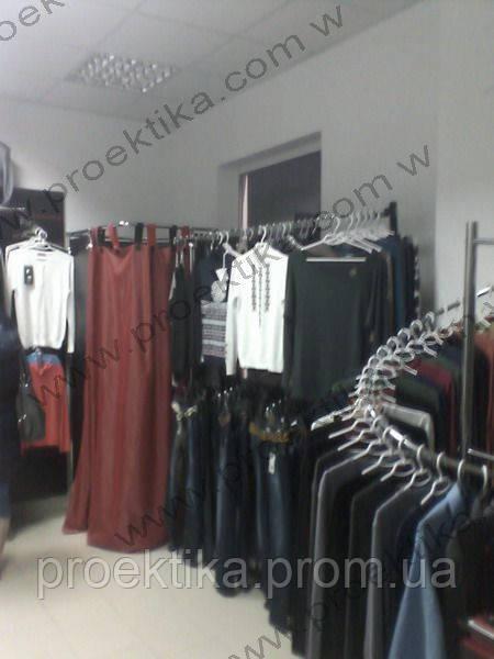 1ea36ba75b9 Торговое оборудование для магазина одежды. Стеллажи для одежды ...