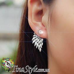 Серьги Крылья ангела Крыло серебренный цвет блестящие вечерние кристаллы сережки камни пусеты