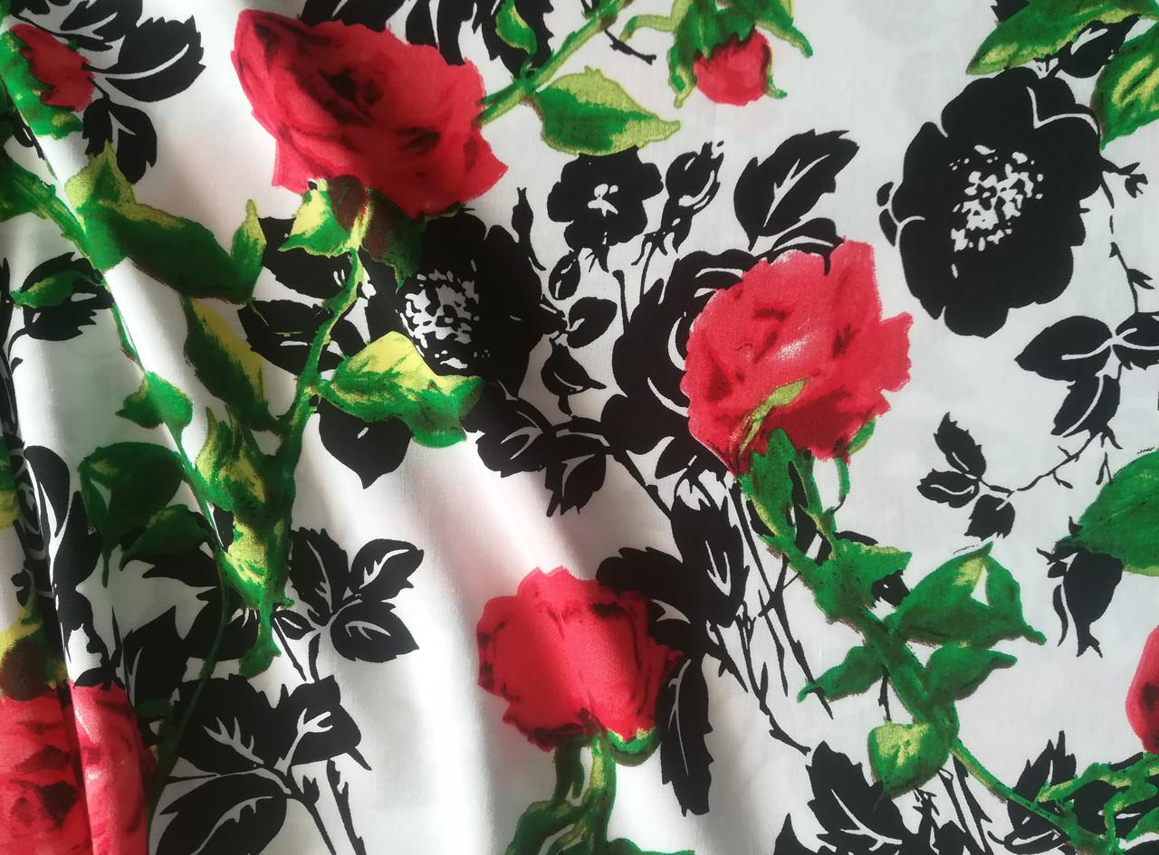Ткань штапель принт розы на белом