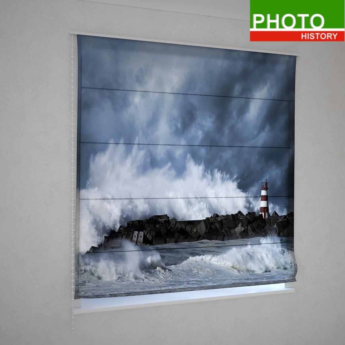 Римские фотошторы бьющие волны о маяк