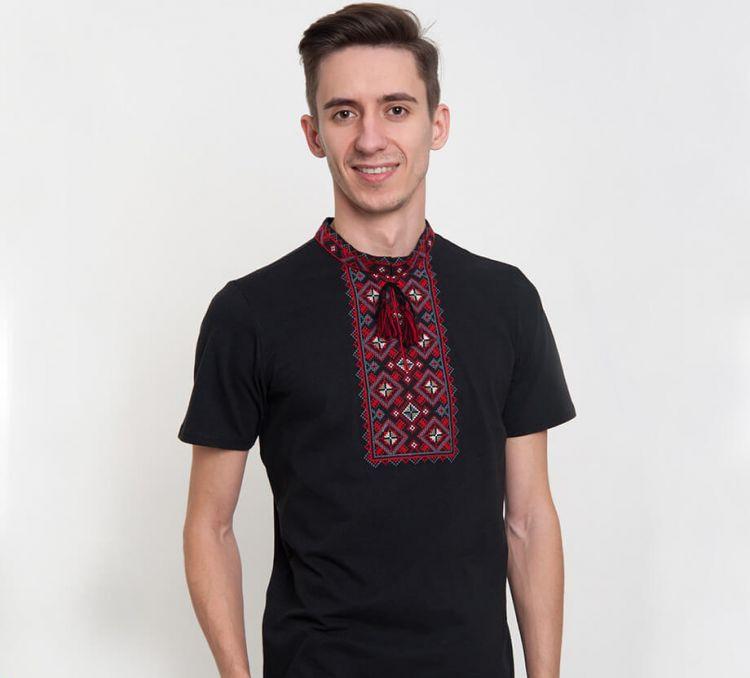 Мужская вышитая футболка чорна с красным орнаментом FCHK13 / размер S, 3XL