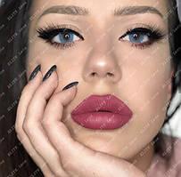 """Натуральные голубые линзы на тёмных глазах, модель """"Айс Блу"""""""