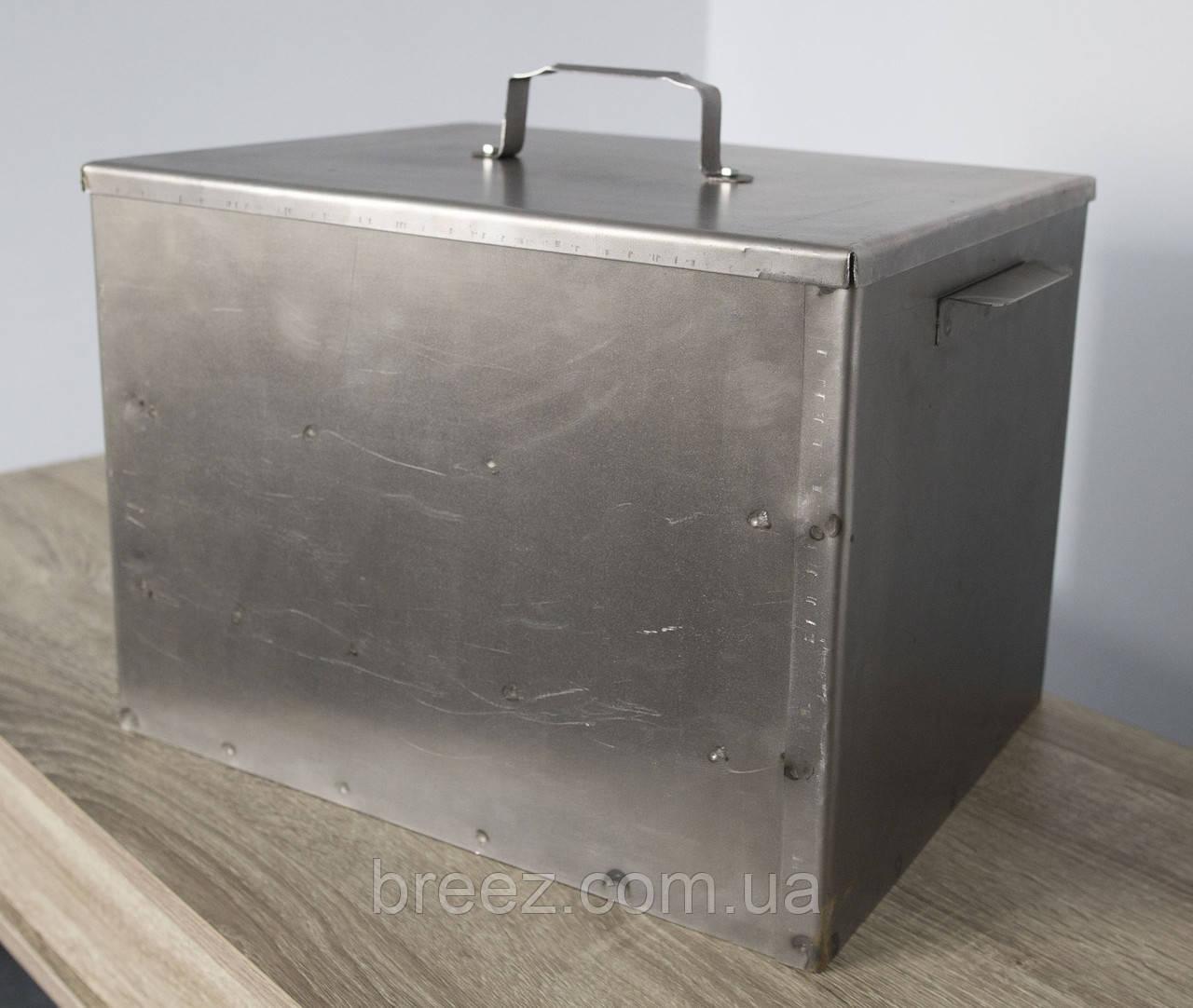 Коптильня средняя два яруса из черного металла 410х300х300