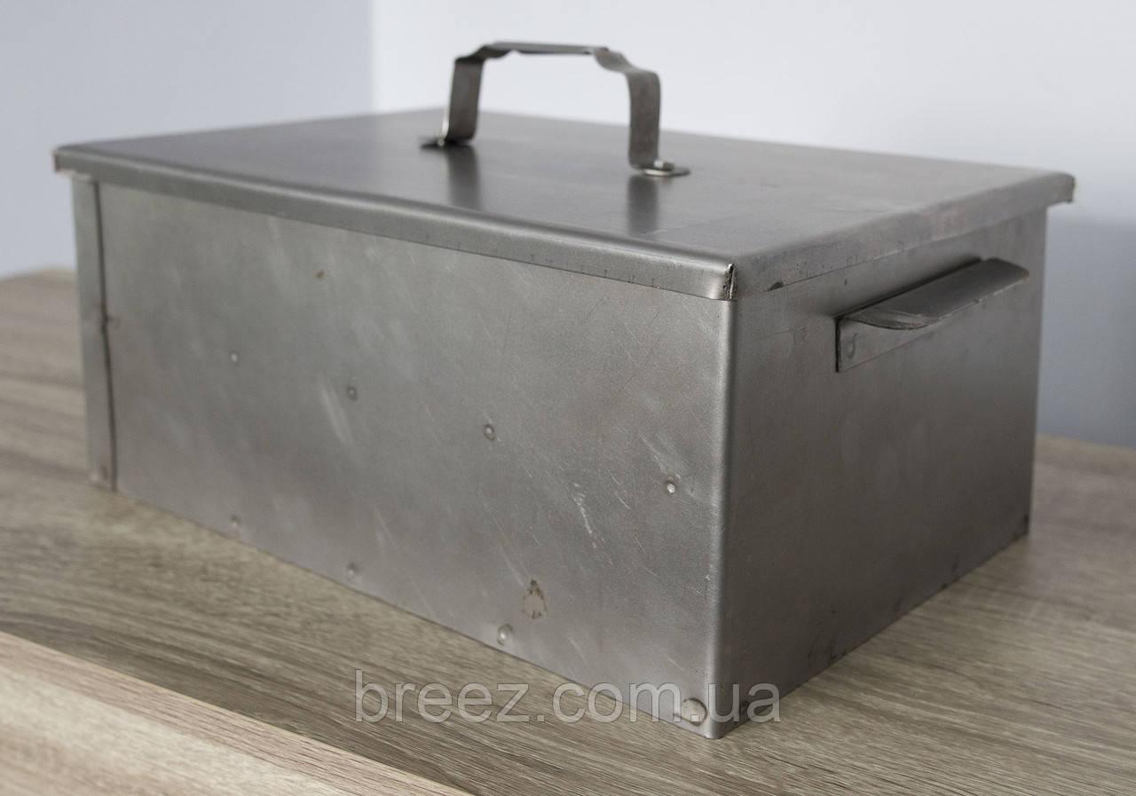 Коптильня маленькая одноярусная из черного металла 440х255х170