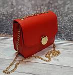 Маленькая красная женская сумочка на цепочке, фото 3