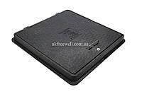 Люк пластмассовый квадратный 650х650 с замком (черный)